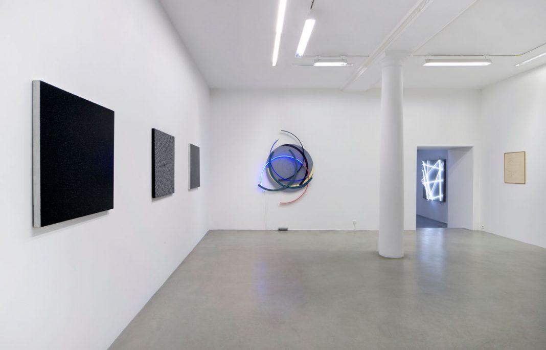 Francois-Morellet à la Galerie Kamel Mennou